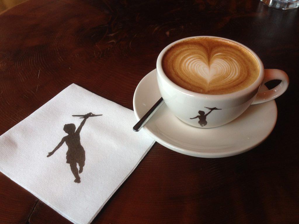 Cum afecteaza cafeaua copilul atunci cand alaptezi